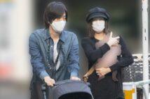 """北川景子、子供抱いてDAIGOと3ショット撮 両親と""""同居""""も"""