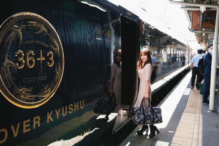 豪華列車旅のスタート!