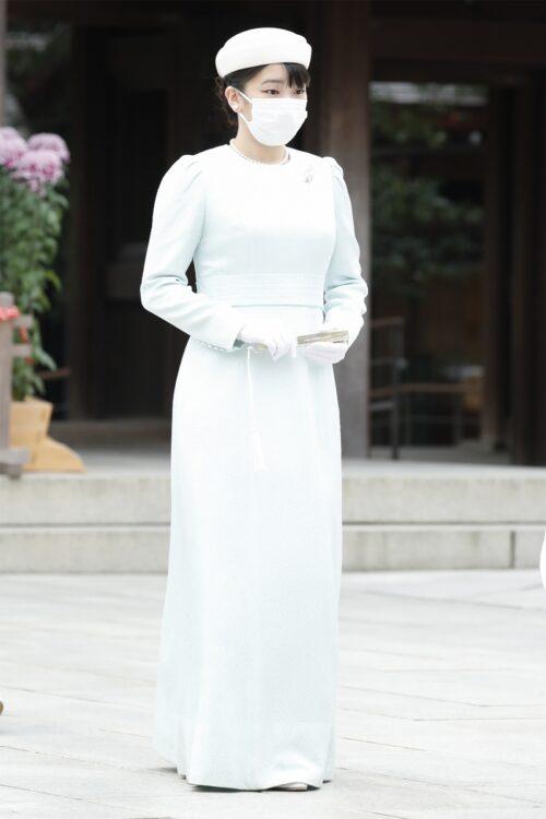 11月6日、明治神宮(東京・渋谷区)を参拝され、堂々としたお姿を見せられた眞子さま(撮影/JMPA)