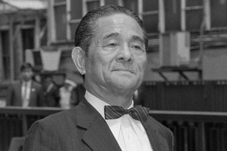祖父は実業家の横井英樹さん