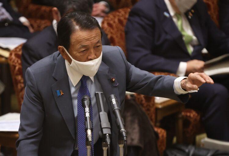 菅・竹中ラインと一線を画す麻生副総理(時事通信フォト)
