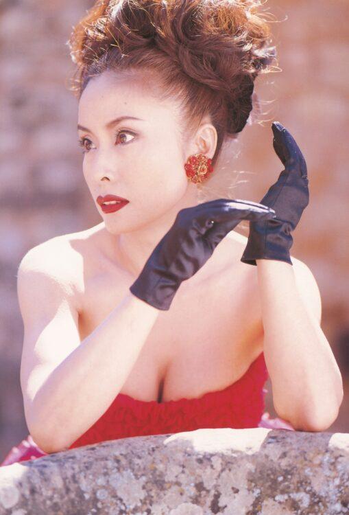 小柳ルミ子が1999年に発売した伝説の写真集を振り返る