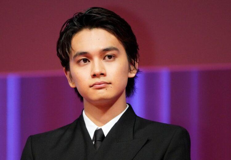 ボーカルの北村匠海は俳優として大ブレイク中(時事通信フォト)