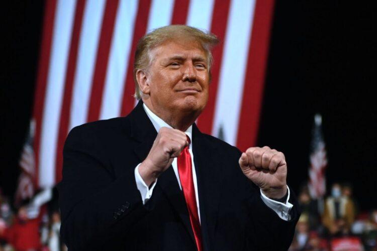 ジョージア州を訪れて「私は負けていない」と連呼したトランプ氏(AFP=時事)