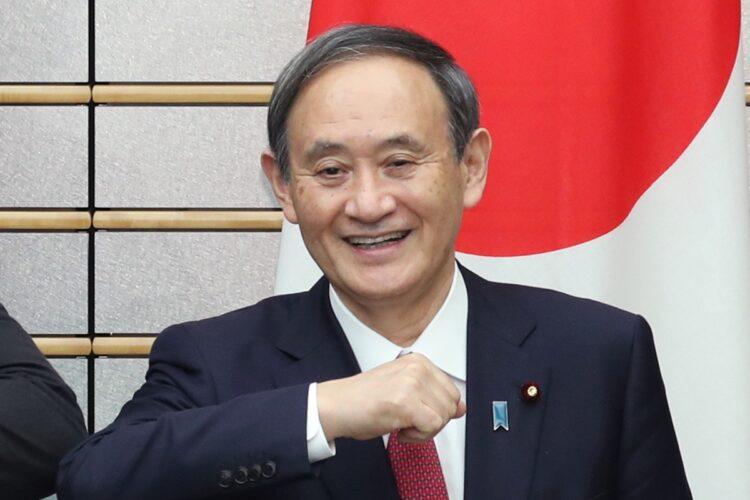 菅政権は支持率急落(写真/時事通信社)