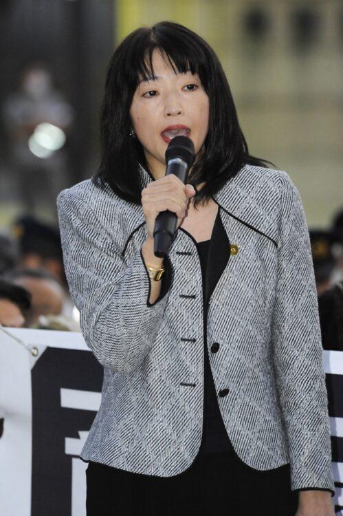 元衆議院議員の三宅雪子さん(享年54、写真/AFLO)