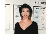 大物女優たちによる衝撃写真集の歴史を振り返る(石田えり、写真/共同通信社)