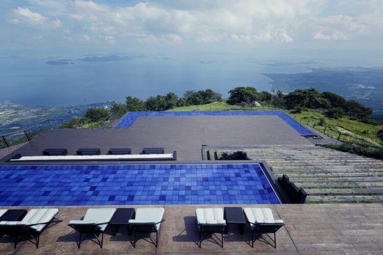 琵琶湖に吸い込まれそうな浮遊感が味わえる