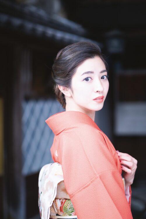 西居杏奈さんはコロナ禍をきっかけに奮い立ち、育児中心の生活から若女将に本格復帰したという