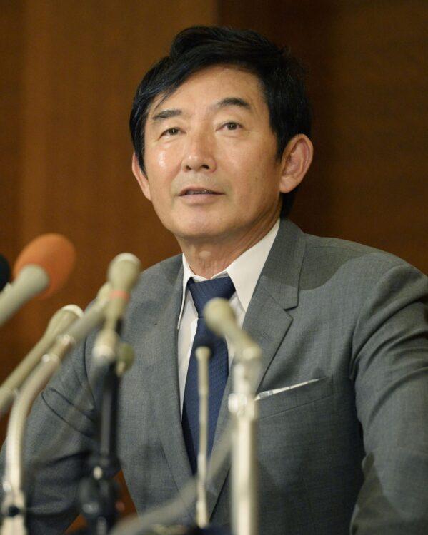 不倫芸能人の復帰について石田純一はどう考える?(写真/共同通信社)