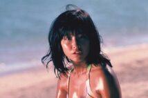 1970~1980年代の艶めく小麦色のマーメイドたちを紹介(写真は大場久美子)