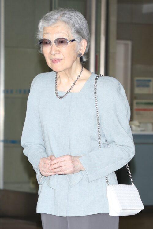 ご体調が心配される美智子さま(2019年9月、東京・文京区 撮影/JMPA)