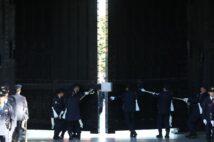 秋篠宮ご一家だけ「皇居正門」使用に「何があった?」と騒然