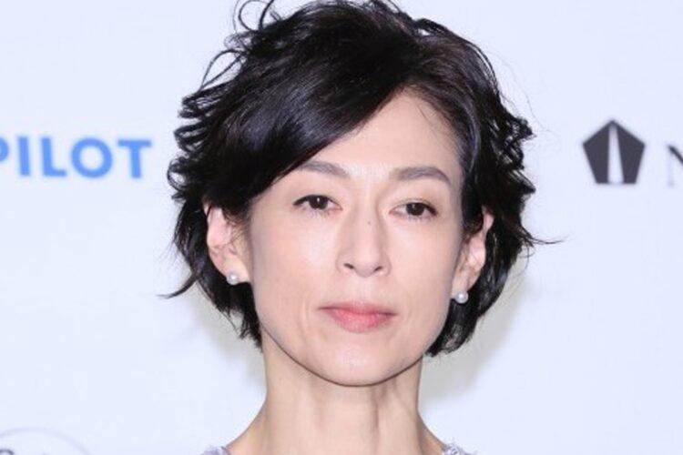 鈴木保奈美、石橋貴明とギクシャク 別宅購入の「おひとりさま計画」