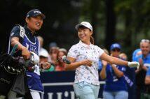 渋野日向子と恩師との間に何が?(左が青木コーチで、2019年の全英女子OP。Getty Images)