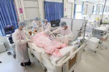 「大阪コロナ重症センター」は昨年12月にオープンした(時事通信フォト)