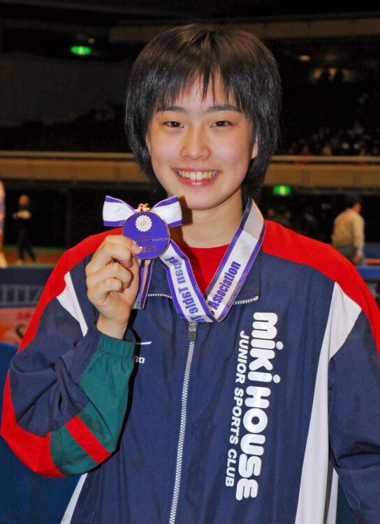 中学2年生で出場した全日本選手権で準々決勝に勝利。史上最年少ベスト4入りの快挙!(時事通信フォト)