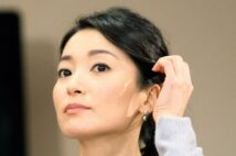 大人気・大江麻理子アナが「マスク着用」で挑むニュース戦争