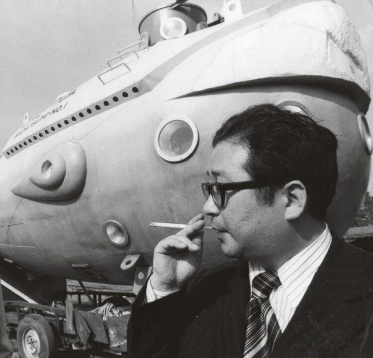 樋口真嗣氏が『日本沈没』の魅力を語る(写真は1973年の映画『日本沈没』深海潜水艇「わだつみ」セット前にて)