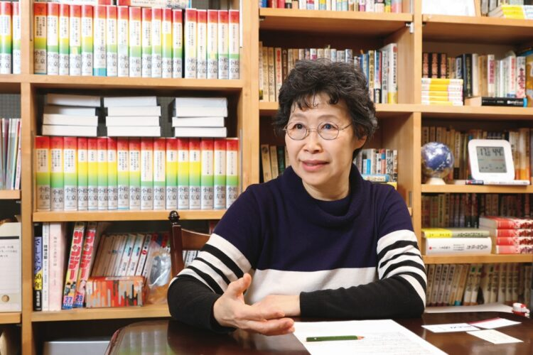 34年間、小松左京氏の秘書を務めた乙部順子氏(撮影/山崎力夫)