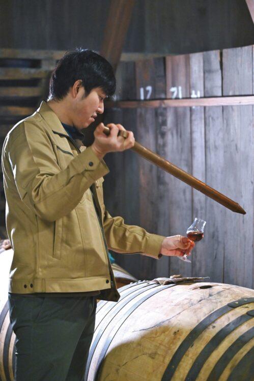 富山県『三郎丸蒸留所』には世界に一つしかない鋳造の蒸溜器が
