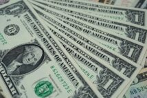 【ドル円週間見通し】上値は重いか、米緩和策長期化の思惑残る