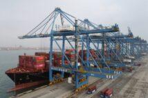 年間輸出額は過去最高、中国がコロナ禍で輸出を急増させている商品は?