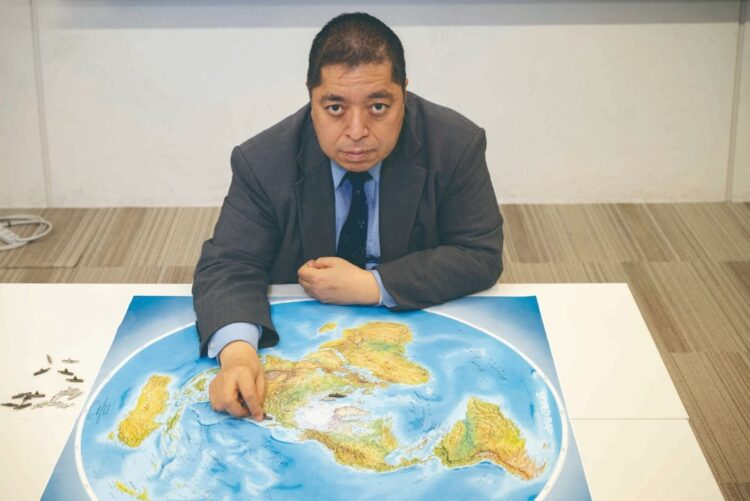 北極海の氷が溶けると日本の安全保障上の問題にもつながる