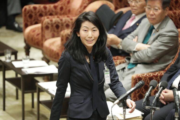 大坪寛子氏がいまや絶大な権勢を握る厚労官僚として政府内にその名を轟かせているという(時事通信フォト)