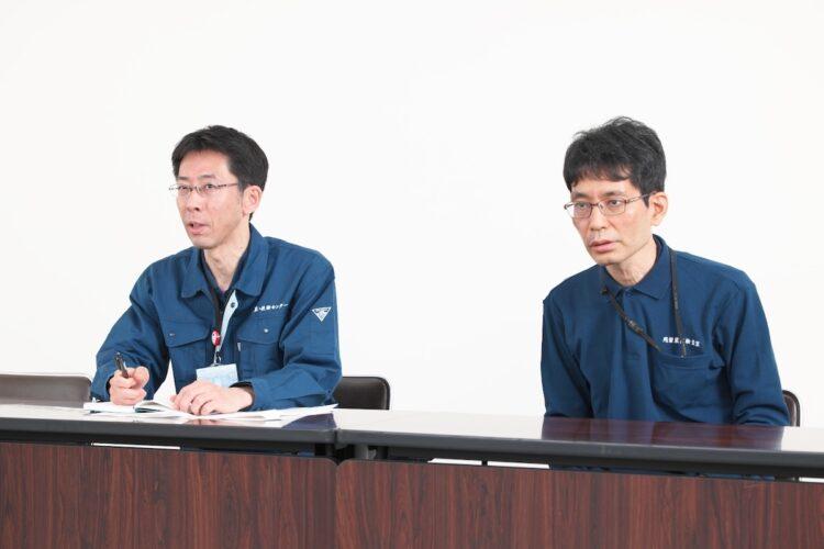 JA全農「営農・技術センター」残留農薬検査室室長の藤田眞弘氏(左)と同室長代理の北村禎氏。