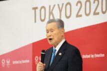 森喜朗氏は「発言の前後が消えている」と報道を批判するが(AFP=時事)