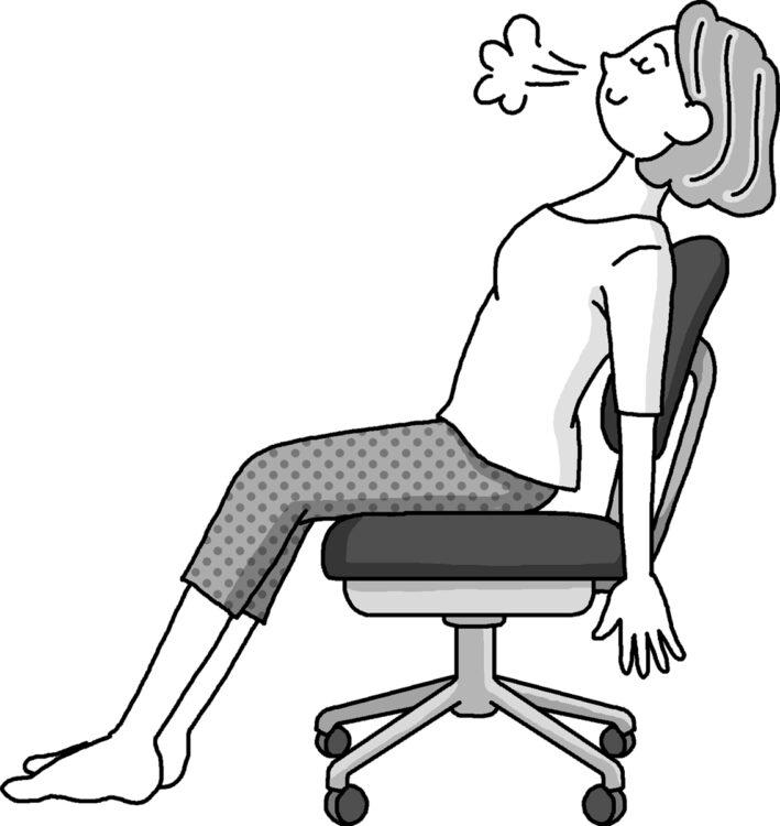 いすに深く腰かけ、王様のようにふんぞり返って座る。仕事や作業の最中、1時間に1回、5分程度取り入れるとよい