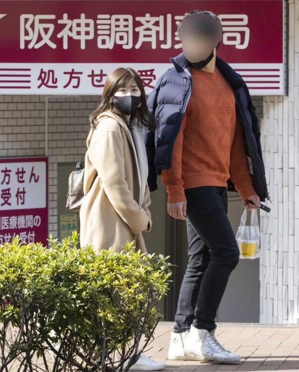 横浜の街を闊歩