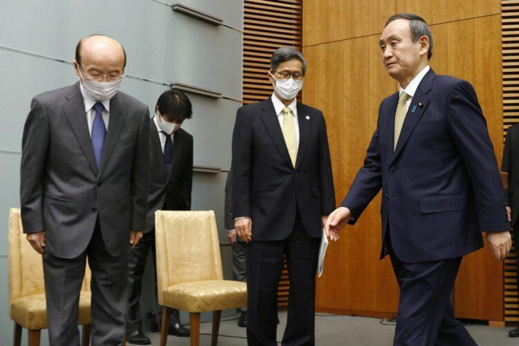 菅義偉・首相のスキャンダルの源泉をノンフィクション作家で森功氏がレポート(時事通信フォト)