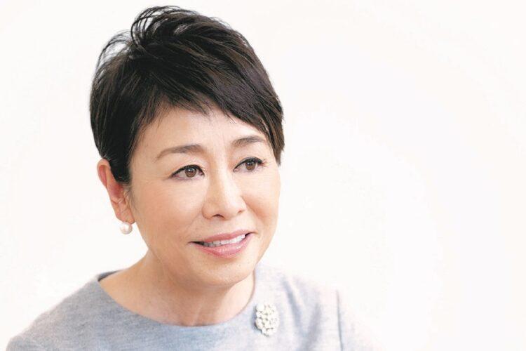 安藤優子さん、16年にわたる実母の認知症介護の末に見えたもの