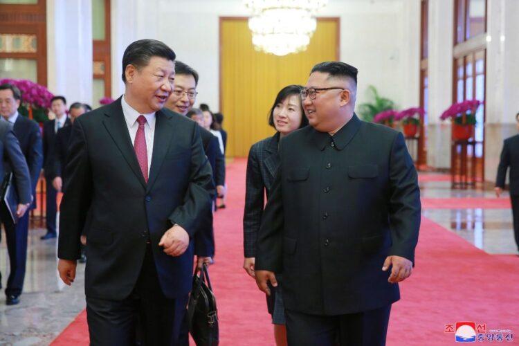 中国と北朝鮮による国内揺さぶりの動きがある(EPA=時事)
