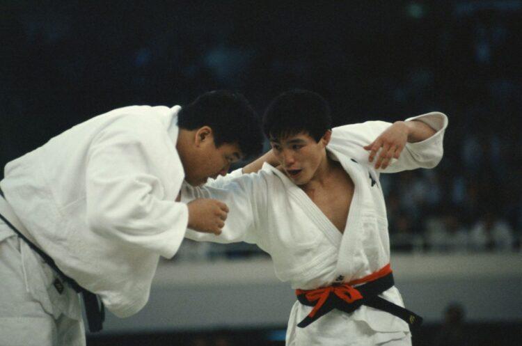 今も語り継がれる小川との死闘(築田純/アフロスポーツ)