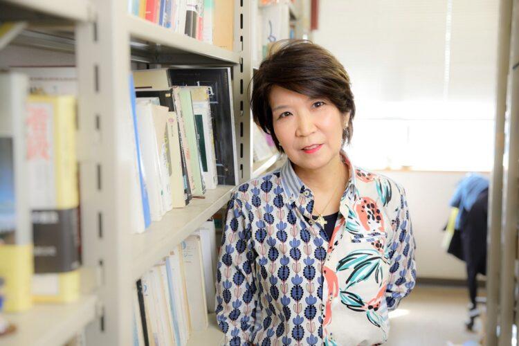 「させていただく」は敬意が盛り盛りの言葉。広がった背景を法政大学の椎名美智教授に聞いた
