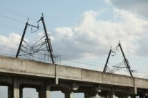 鉄道と震災秘話 JR東日本の早期復旧を実現させた鉄道関係者の「支援の輪」