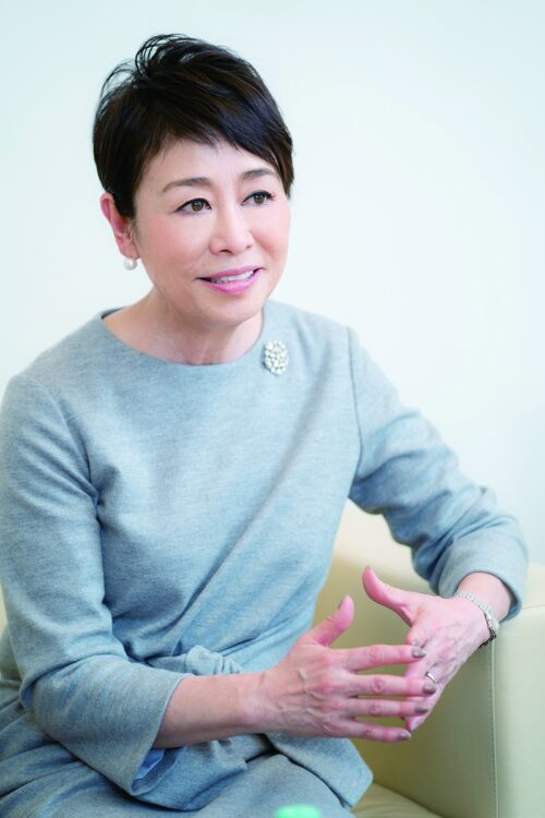 安藤優子氏が16年にも及ぶ実母の介護から学んだこととは?