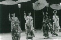 1984年の紅白リハーサルでは、明菜と聖子の貴重な共演シーンも(女性セブン)