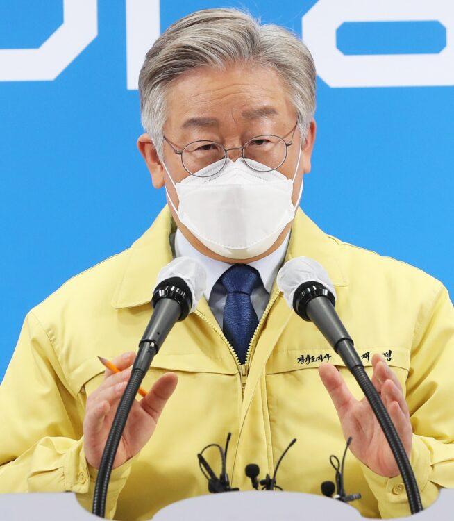 次期大統領候補のひとり李在明・京畿道知事(写真/EPA=時事)