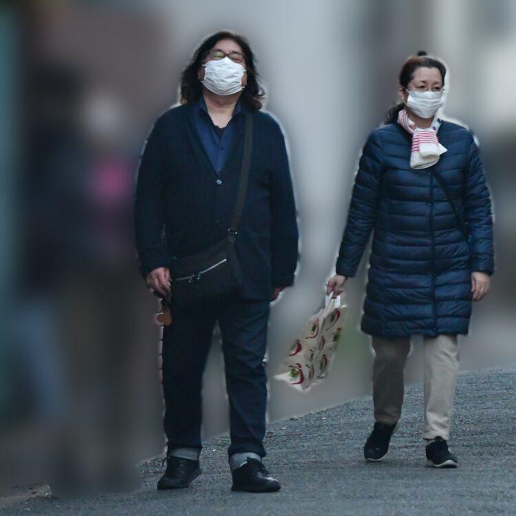 4月下旬、夫の高内氏と出かける松坂