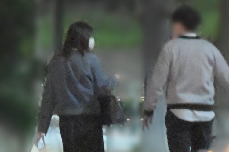 食事中の岩田アナは終始笑顔だったという