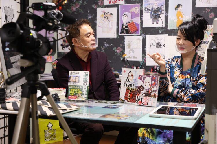 東村アキコ氏と対談する回の撮影風景