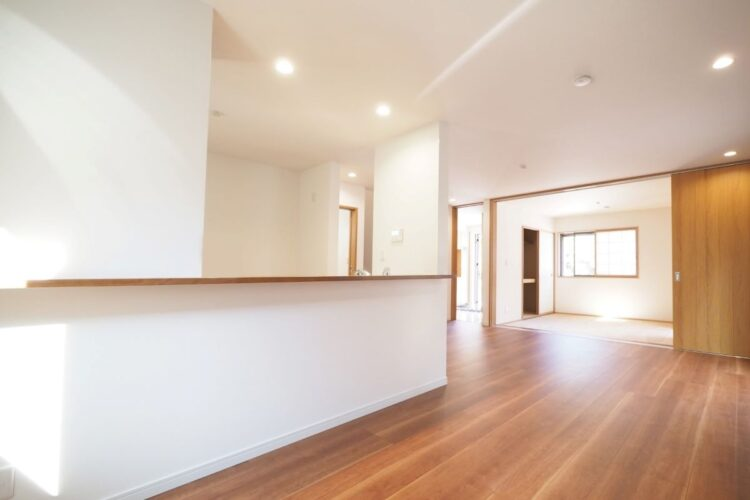 テレワークの普及でマンションに広さと部屋数を求める人が増えている。