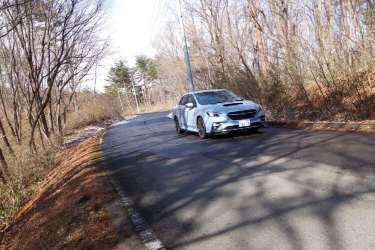 「自動車安全性能2020」でファイブスター大賞に輝いたスバル「レヴォーグ」(筆者撮影)