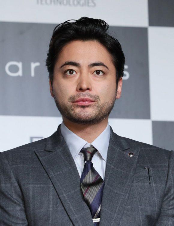 『全裸監督』で村西監督を演じる主演の山田孝之