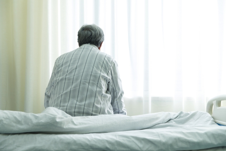 アルツハイマー病の治療薬「アデュカヌマブ」はいつから日本で使えるのか(写真はイメージ/AFLO)