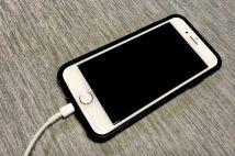 発売から4年「iPhone 8」が今も愛される理由 最新機種から出戻りする人も